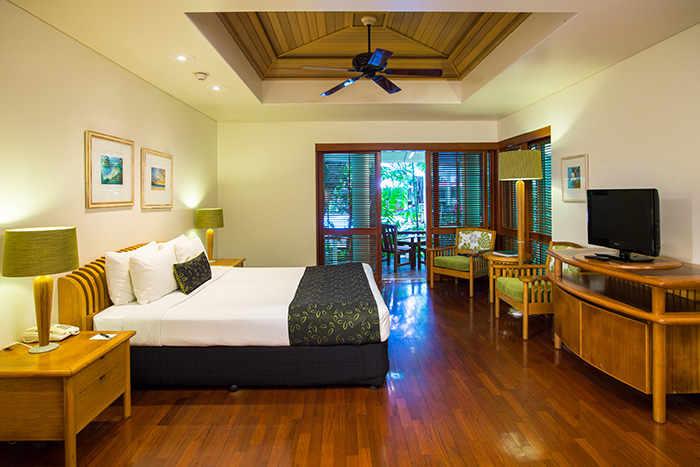 Island King room