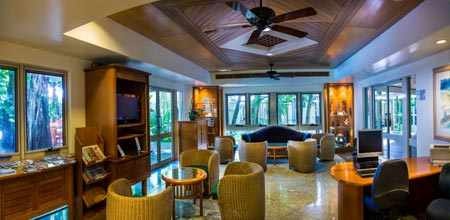 Coral Cay Guest Lounge
